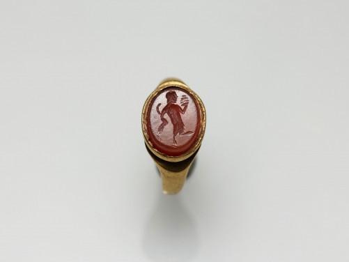 Roman Finger Ring with Pan