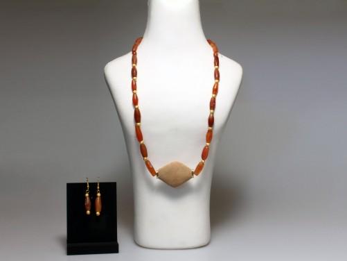 Near Eastern Carnelian Necklace with Earrings