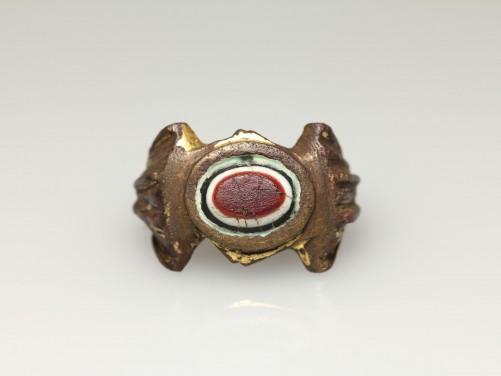Roman Gilt Bronze Finger Ring