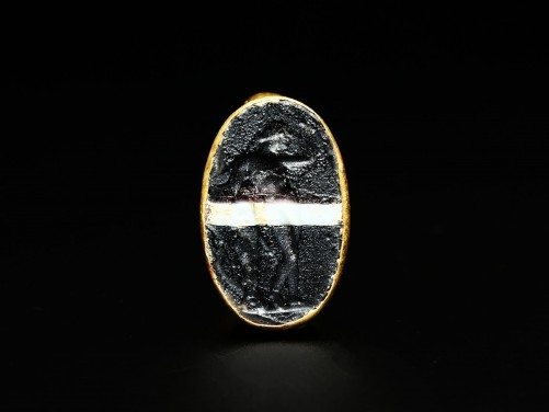 Roman Gold Ring with Glass Intaglio