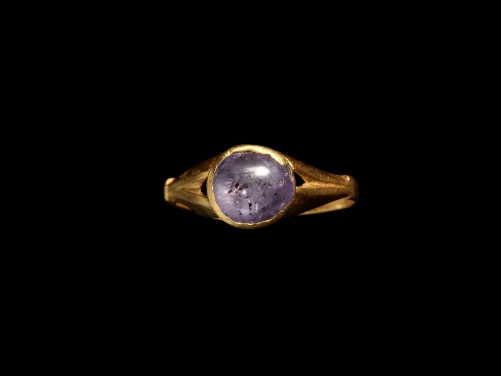 Roman Gold Ring with Sapphire