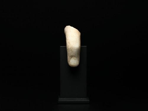 Roman Marble Finger