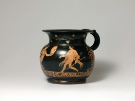 A Fine Apulian Red-Figure Mug