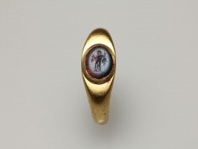 Roman Gold Finger Ring